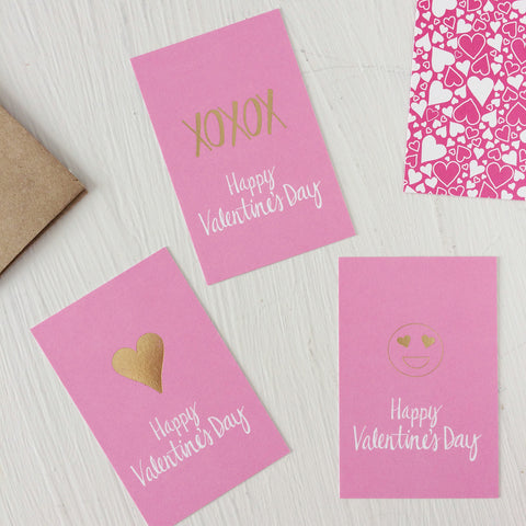 Love and Hearts - Valentine's Day cards - xoxox, heart and love it emoji face