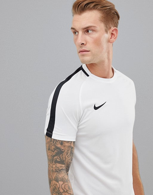 Men's Nike Academy Football Shirt       2XL.       832967-100