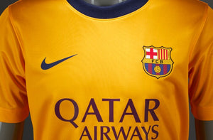 Nike Junior FC Barcelona Shirt.    13-15yrs.     658994-740