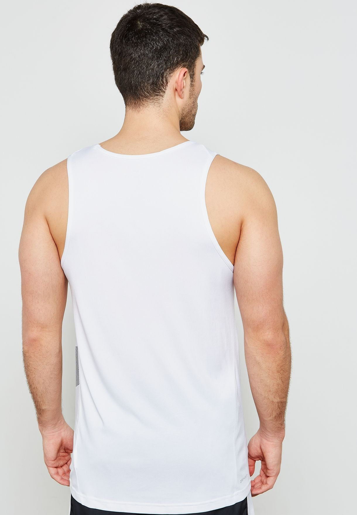 Men's Nike Breathe Training Tank.       889633-100