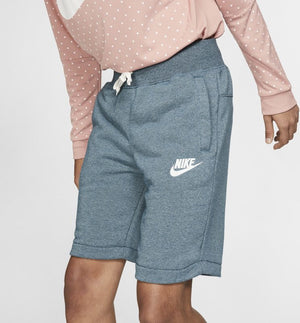 Men's Nike Sportswear Heritage Knee Length Shorts.          928451