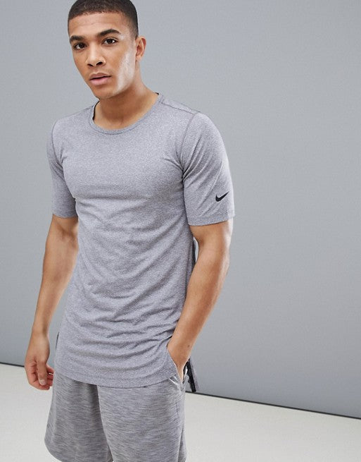 Men's Nike Training Utility Top.      AA1591