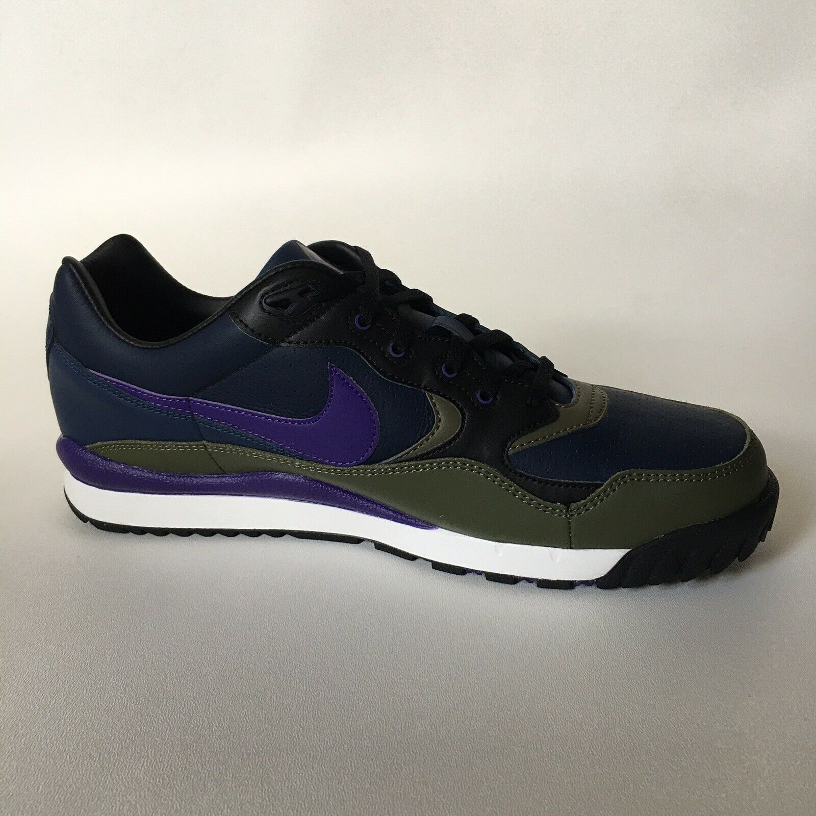 Unisex Nike Air Wildwood ACG    Wmn UK8 US10.5 EU42.5.  Mn UK8 US9 EU42.5     AO3116-400