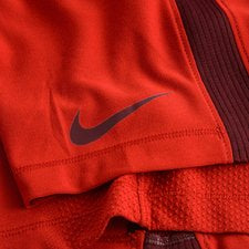 Nike Youth Aeroswift Strike Shorts.      824239-687