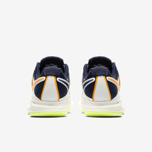 Men's Nike Air Zoom Vapor x Carpet.   UK.3.5      AQ8610-001