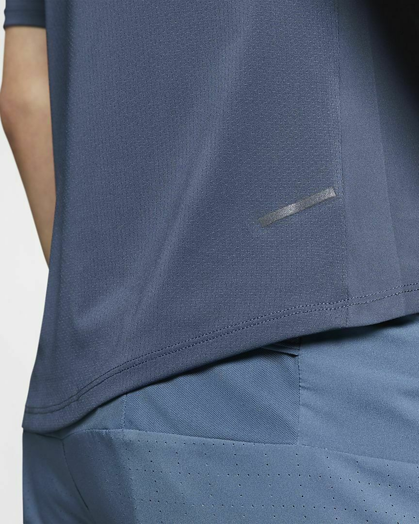 Mens Nike Tech Pack S/S 1/2 zip Top   AQ6386-427  Medium