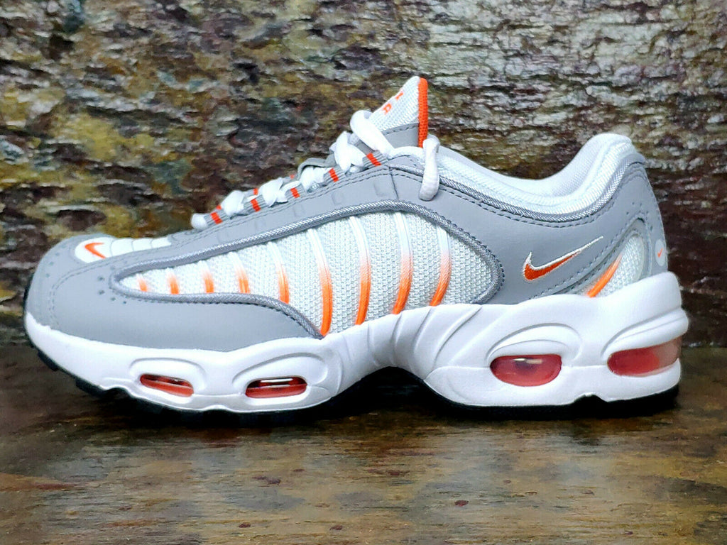 Youth Nike Air Max Tailwind IV. GS.   UK4.5 EUR37.5 US5Y.    BQ9810-108