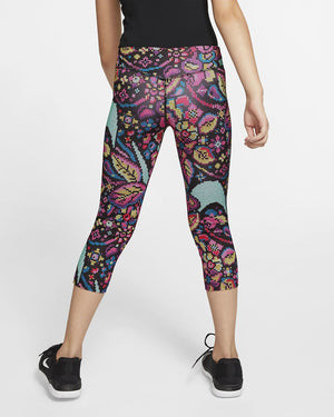 Girls Nike One Tight Fit Capri.       CJ7031-010