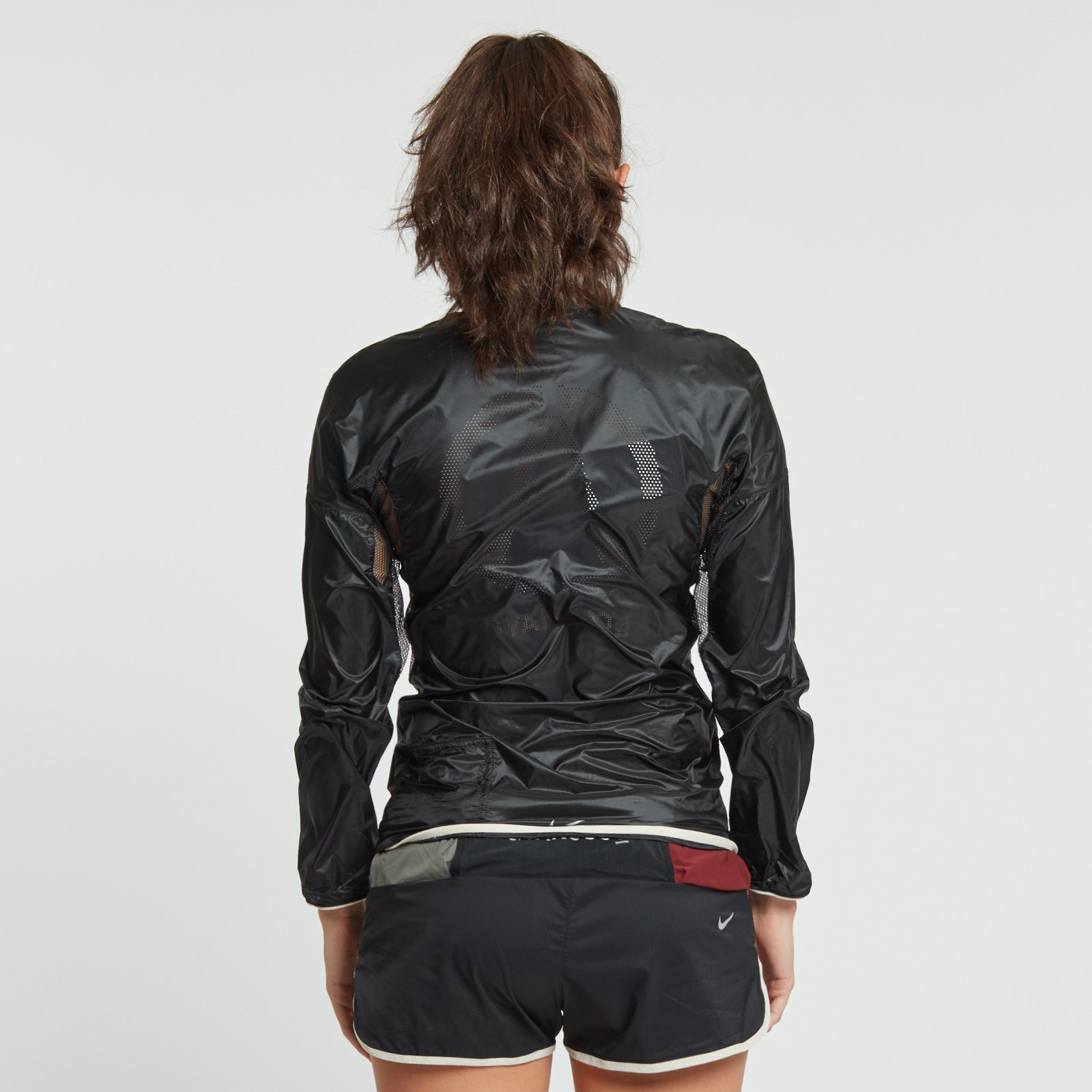 Womens NikeLab x GYAKUSOU Packable Jacket.    910885-010