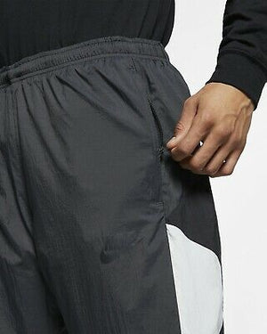 Men's Nike Archive Reissue Nylon Woven Track Pants.    AR1873