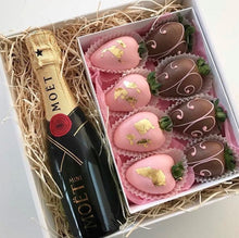 Strawberry and Champagne Gift Box