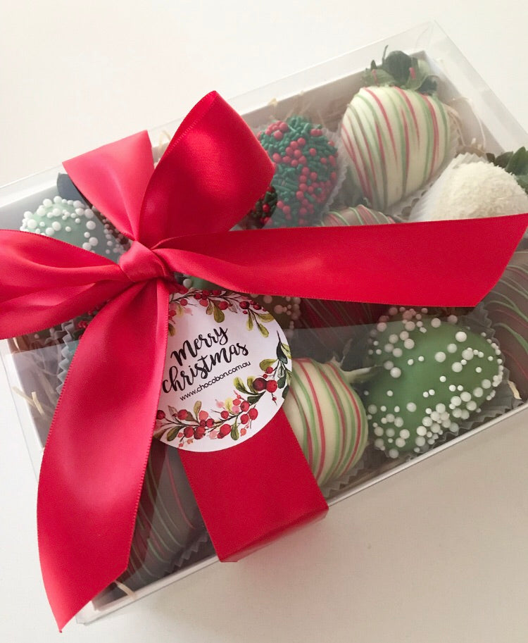 Christmas chocolate strawberries made in Melbourne. Perfect to say thank you as a corporate gift.