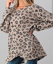 Load image into Gallery viewer, Twisted Leopard Long-Sleeve