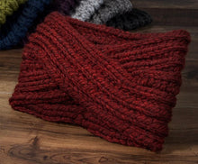 Load image into Gallery viewer, Twisted Knit Headband-Burgundy