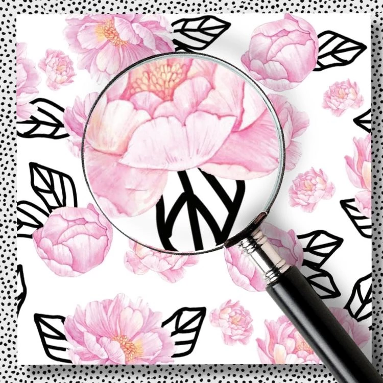 Graphic Peony Charger