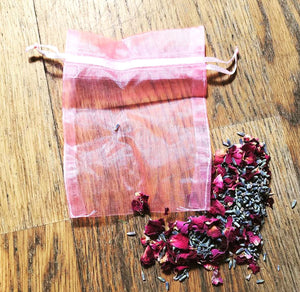 Pale Pink Organza Bag Ideal For Crystals