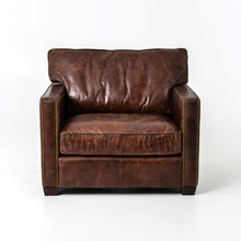 Load image into Gallery viewer, Larkin Club Chair