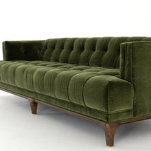 Load image into Gallery viewer, Dylan Sofa