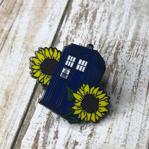For Amy TARDIS | Enamel Pin