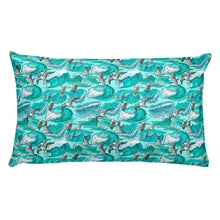 Load image into Gallery viewer, Seagulls  Waves Pillow - Noeboutiques
