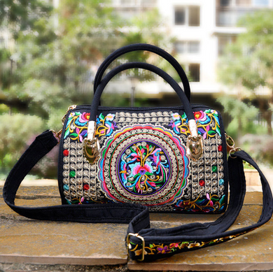 National Style Embroidery Embroidered Ladies Shoulder Bag