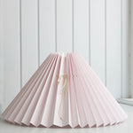<transcy>Pleated lampshade / Rose</transcy>