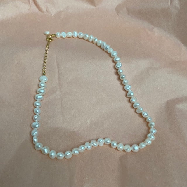 Habiba / Make-Up Bag / Purple Dot