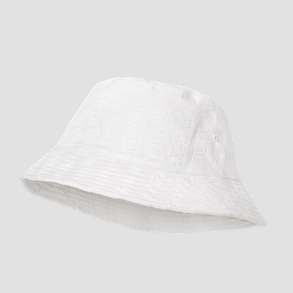 <transcy>Juna / bully hat / white dice</transcy>