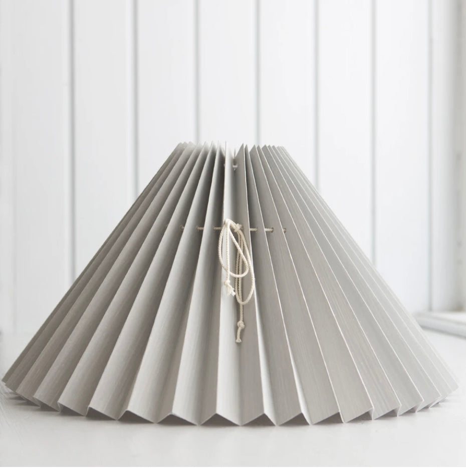 <transcy>Pleated lampshade / Light gray</transcy>