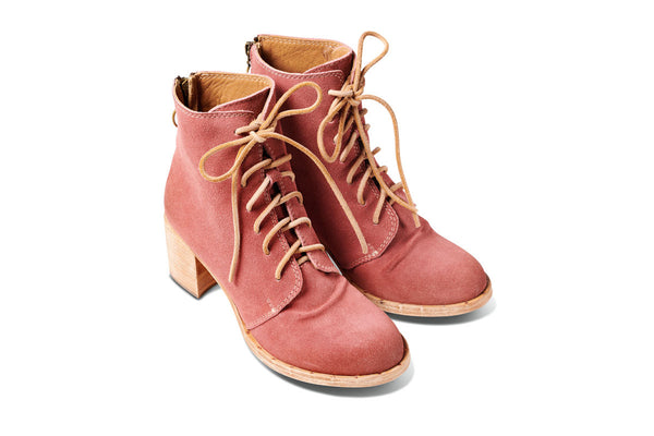 featured image MEADOWLARK heeled boot - Rose Suede - angle view noscript image