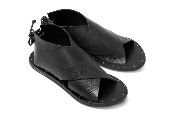 featured image LOON sandal - Black/Black - angle view noscript image