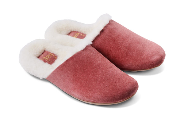 featured image BRRR-BIRD shearling slipper - Rose - angle shot noscript image
