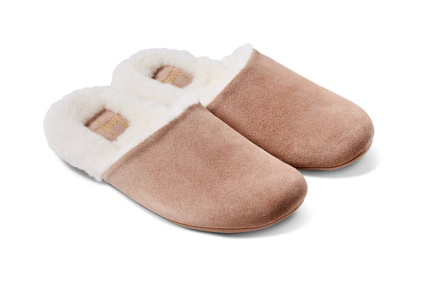 featured image BRRR-BIRD shearling slipper - Stone - angle shot noscript image