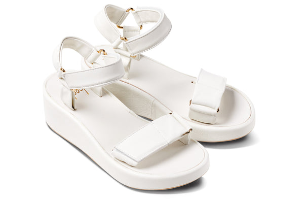 featured image ROO Flatform Sandal - White - angle view noscript image