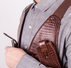 Brown Gator Men's Leather Cellphone Holster (Chocolate)
