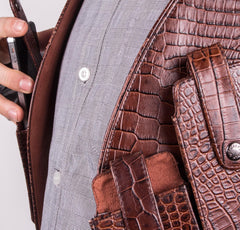 Brown Gator Men's Leather Cellphone Holster (Chocolate) - Side