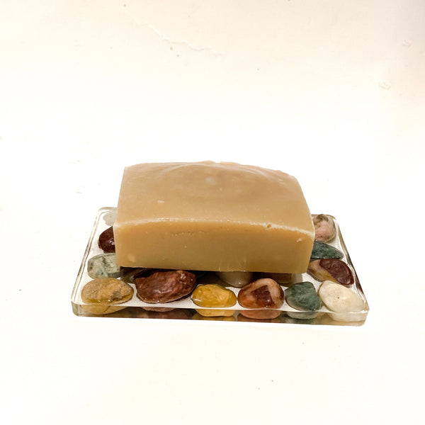 rocks and resin soap dish