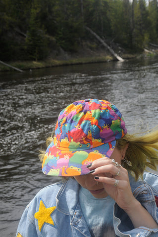 WYOMING Vintage 90's Psychedelic Tree Frog Cap