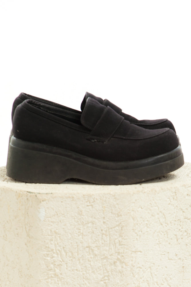 211fe5565a0 SOLD!  54.00. Brand VINTAGE. This product is unavailable. Item Vintage Y2K Chunky  Steve Madden Loafers