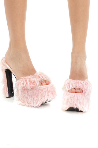 Not-Quite-Vintage Pink Fuzzy Bunny Faux Fur Platforms - US 10