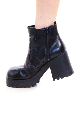 Vintage Y2K Clarissa Chunky Ankle Boots - US 9