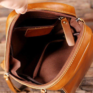 Lady's Leather Dopp Kit