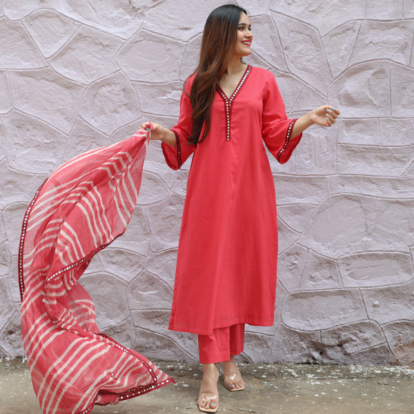 Hibiscus Leheria Cotton Suit Set