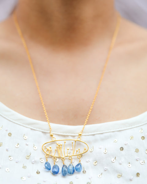 Necklace With Kynite