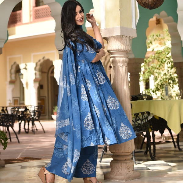 Cotton suit with chiffon dupatta