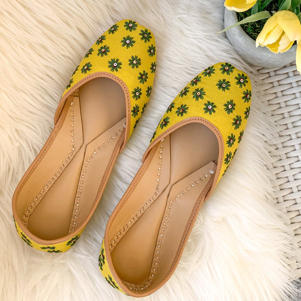 Buy yellow juttis for women online