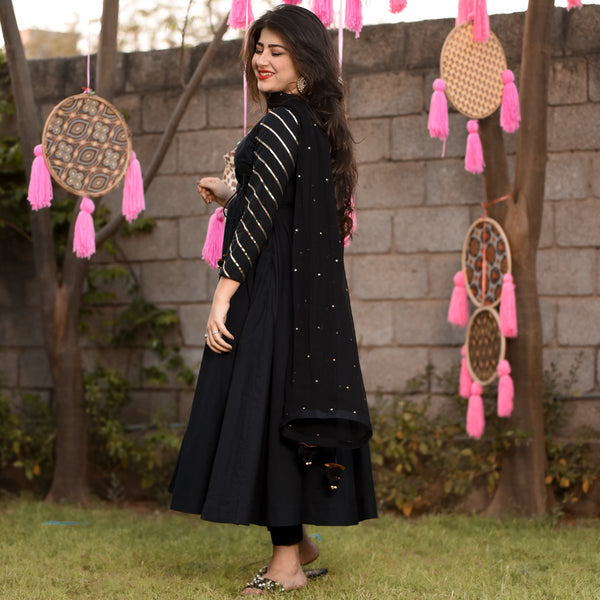 Angrakha Black Suit Set