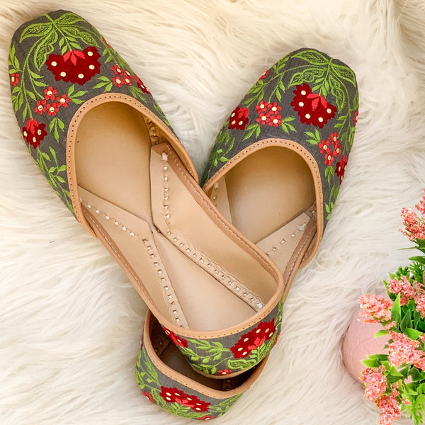 Green Juttis for women