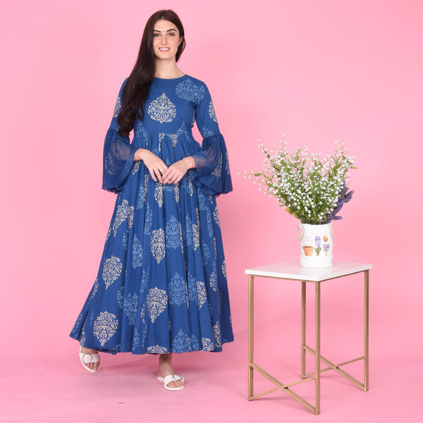 Blue cotton dress with chiffon sleeves