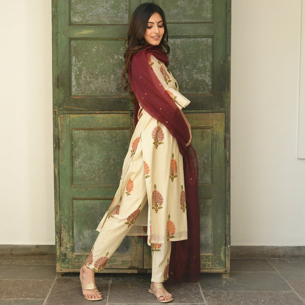 shop suit set with chanderi kurta and organza dupatta